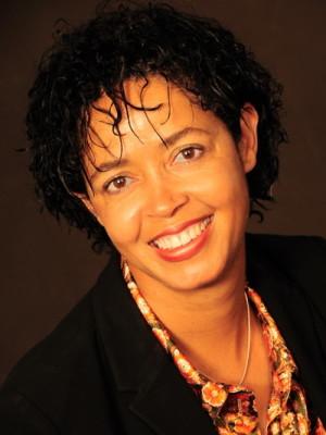 Dr. Paula Kahumbu
