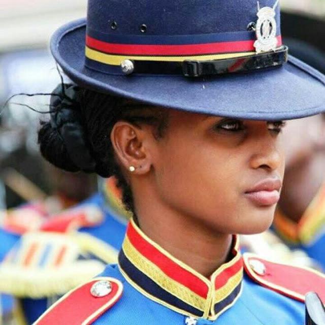 pretty+cop